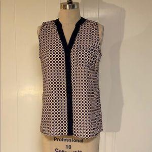 Olive & Oak printed woven sleeveless top